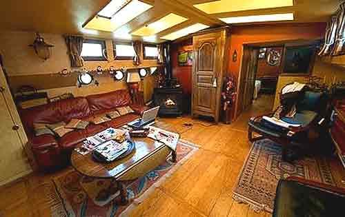 peniche luxemotor paris en vente. Black Bedroom Furniture Sets. Home Design Ideas