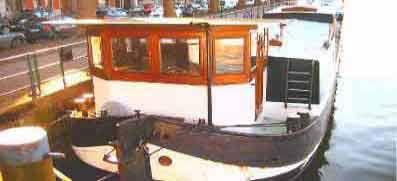 p niche vendre bateau fluvial occasion vente p niche. Black Bedroom Furniture Sets. Home Design Ideas