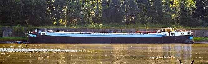 Peniche Canal du Nord