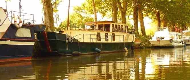 p niche vendre bateau fluvial occasion vente peniche. Black Bedroom Furniture Sets. Home Design Ideas