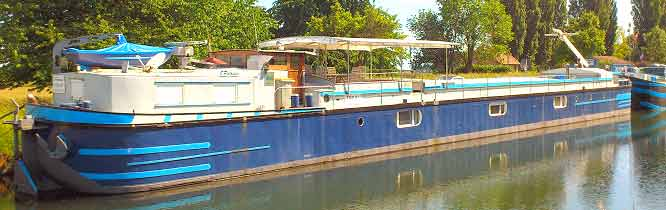 Peniche a vendre sur canal du Rhone au Rhin