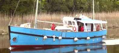p niche vendre bateau fluvial occasion vente peniche am nag e. Black Bedroom Furniture Sets. Home Design Ideas